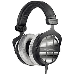 Beyerdynamic DT 990 Pro review
