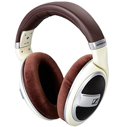 Compare Sennheiser HD 599
